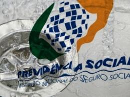 Caos no INSS é parte do plano de privatizações do governo, acusa Fenadados