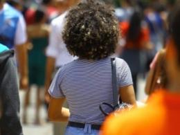 Governo estuda criar modelo em que jovens poderiam abrir mão de férias e 13º salário